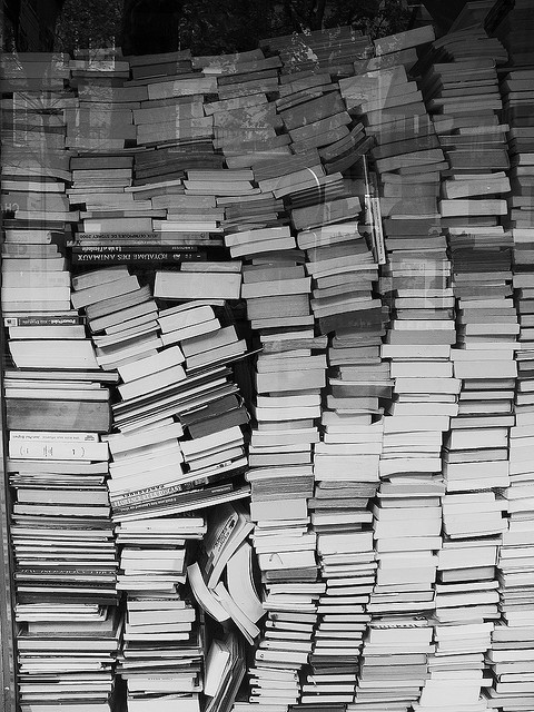 SELECCION. Libros en papel